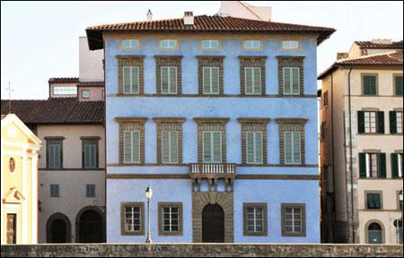 Pisa Palazzo Blu